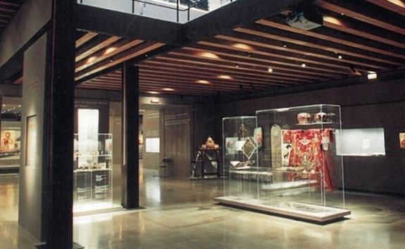 Μουσικοί περίπατοι στα μουσεία IX - Το Μηδέν και το Άπειρο