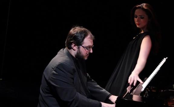 Σπύρος Σαμάρας, έργα για πιάνο και τραγούδια - Ελληνικές Γιορτές 2017